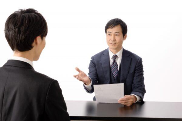 営業職の面接で必須ポイント5つ|知るべき質問6選&回答例